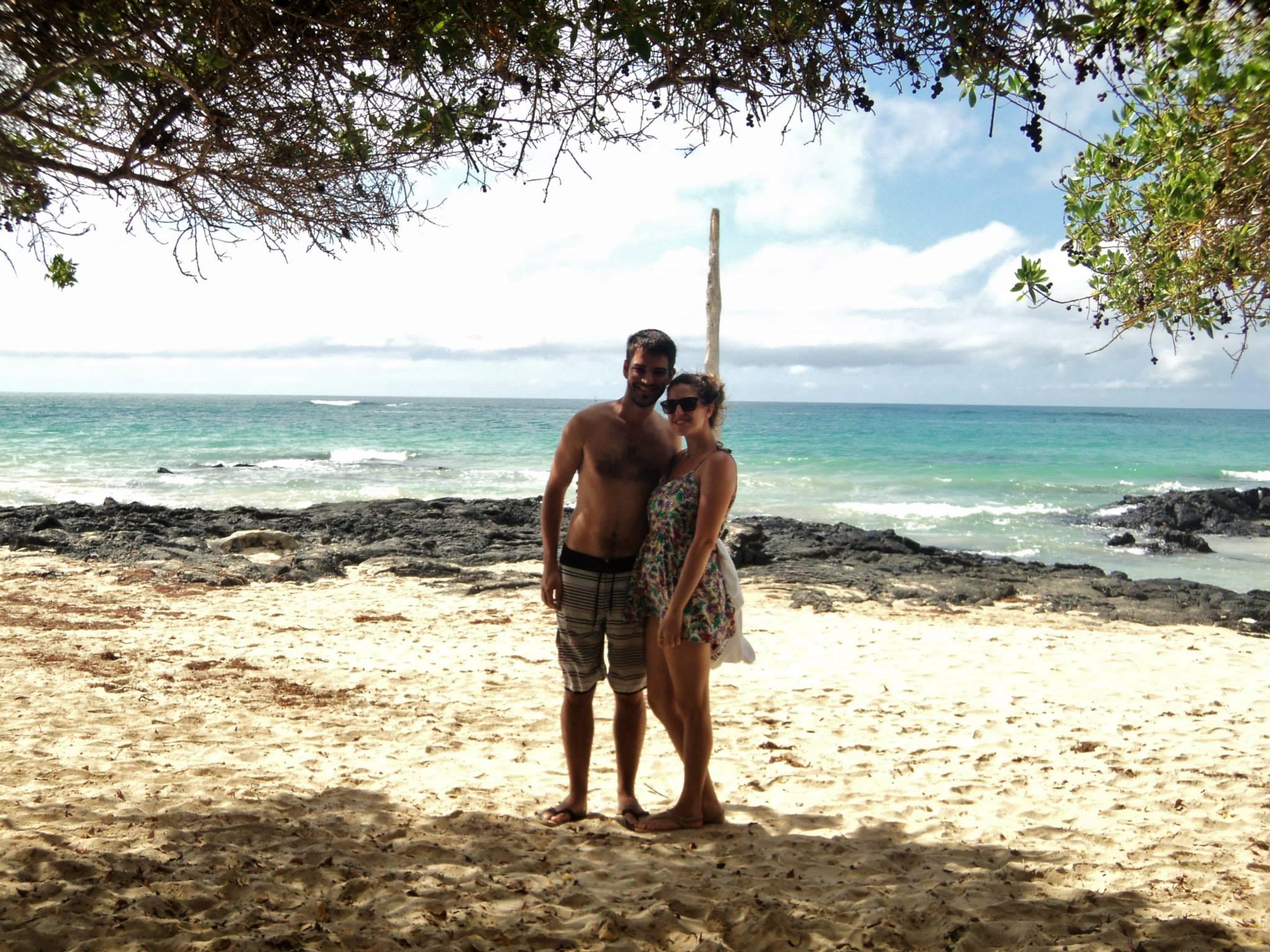 Disfrutando la hermosa playa en la que estaba nuestro hotel de Isabella