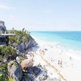 Ruinas y playa en la Riviera Maya