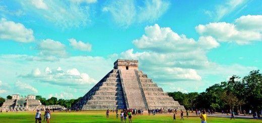 Templo Kukulkan en Chichen Itza México