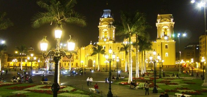 Plaza Mayor y Catedral de Lima