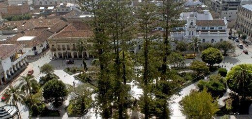 Parque Abdon Calderon, Cuenca