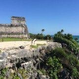 Ruinas y playa en Tulum