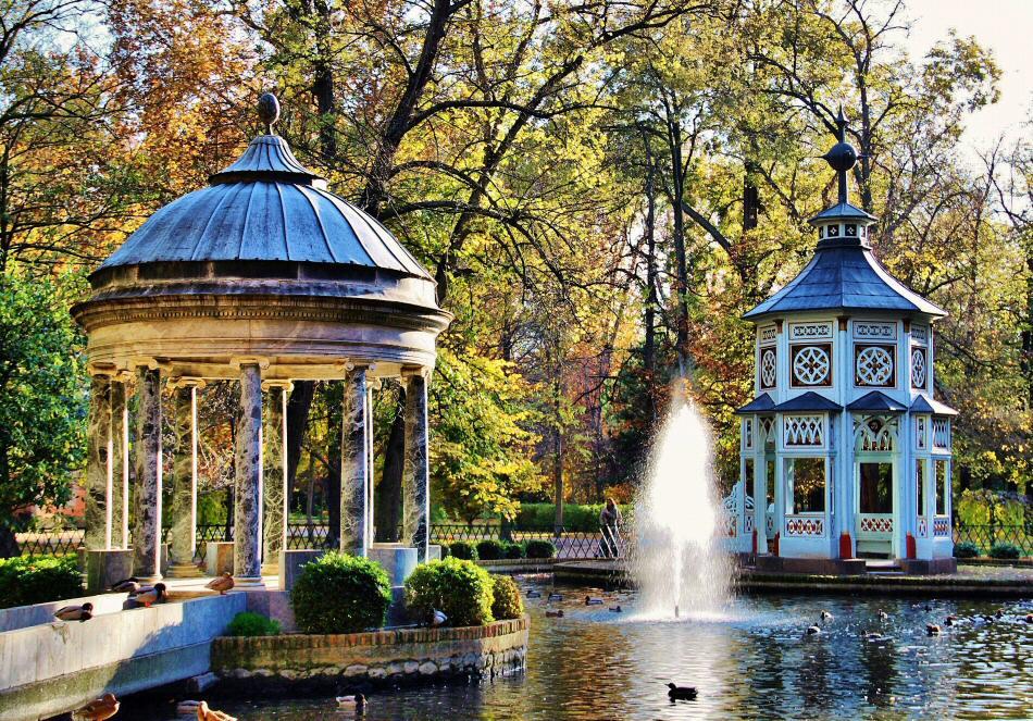Viajar a madrid toledo y aranjuez for Jardines de aranjuez horario