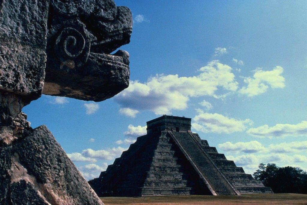 Pirámide del Castillo