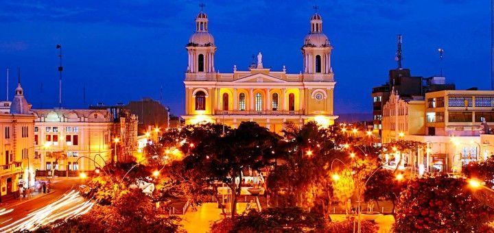 Centro de Chiclayo, Perú