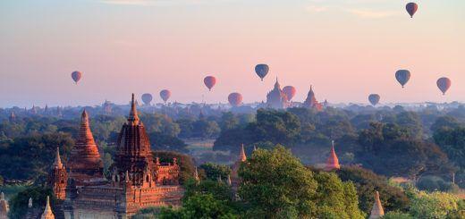 La mejor postal de Myanmar: Bagan, sus templos y el sol