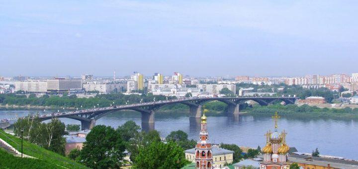 El río Oka divide en dos la ciudad de Nizhnij Novgorod